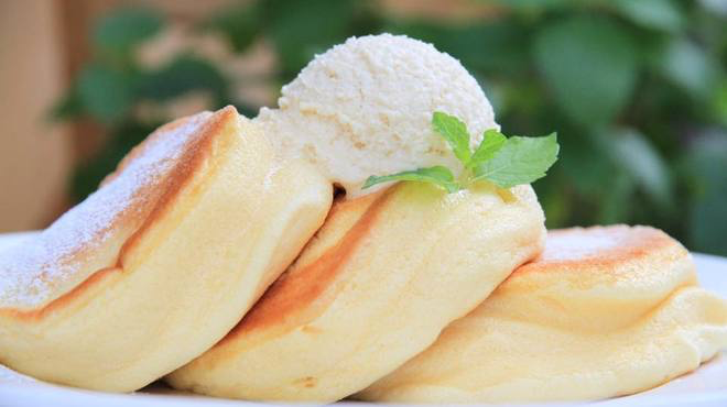 SNSで人気!ふわふわ幸せのパンケーキを100円以下で食べる方法