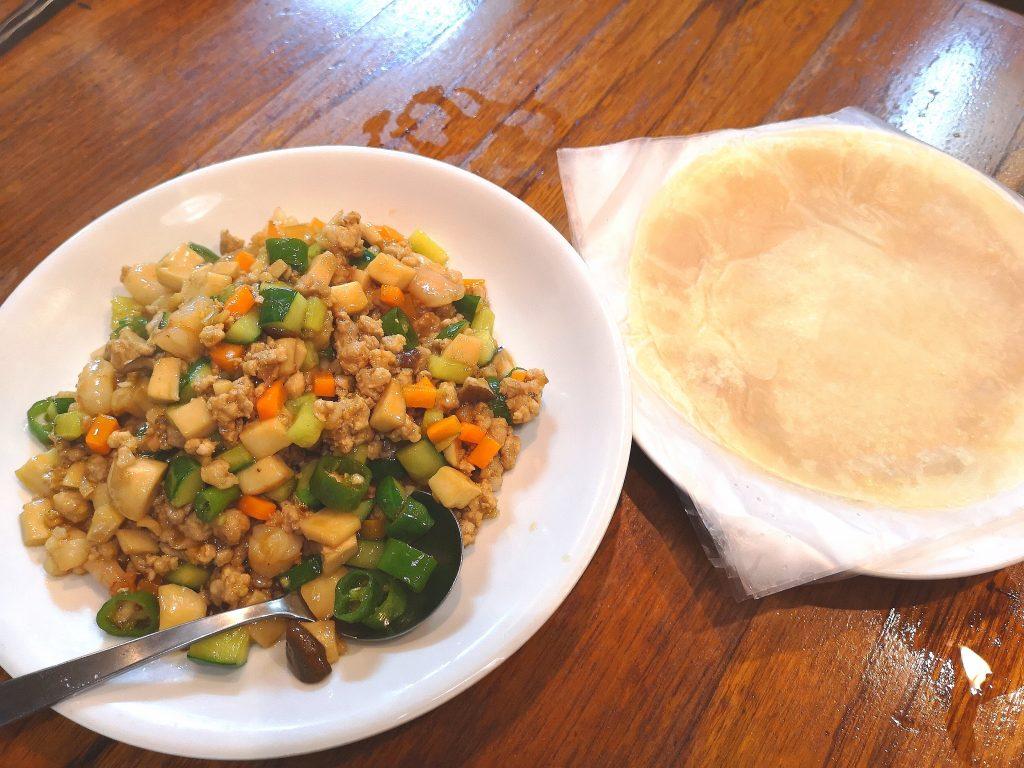 東北人家-豚肉エビ野菜炒めと春餅
