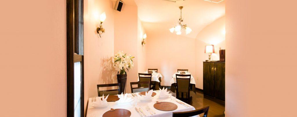 イタリアンレストラン「リストランテ レガ」の店内