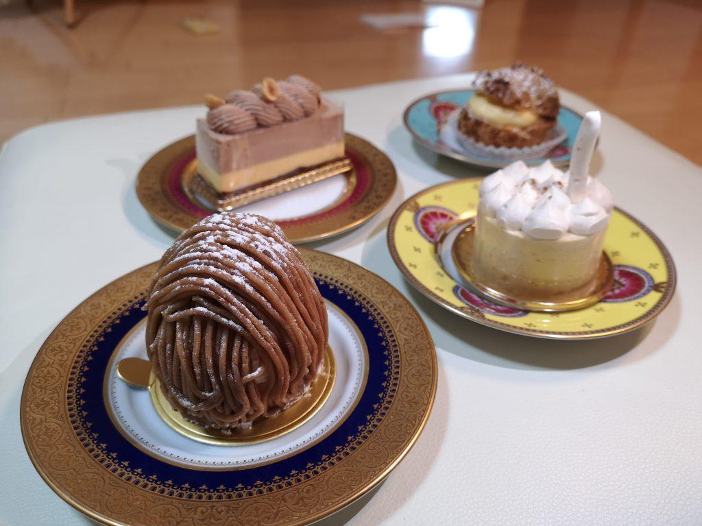 石川町駅パティスリー・レ・ビアン・エメの購入したケーキ