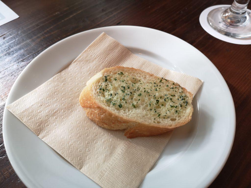 バターミルクチャネル横浜店のガーリックトースト